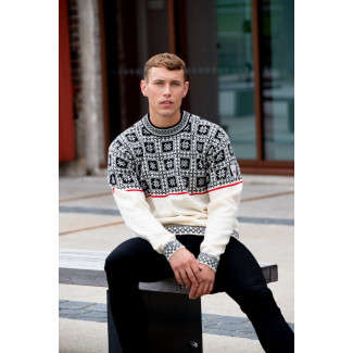 Tyssøy Unisex Sweater White